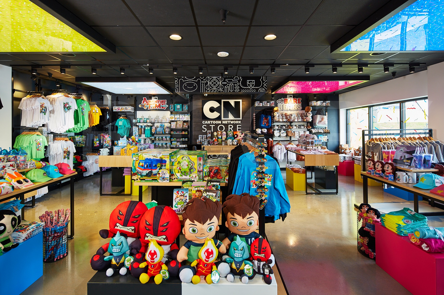 The Cartoon Network Hotel Store front shot