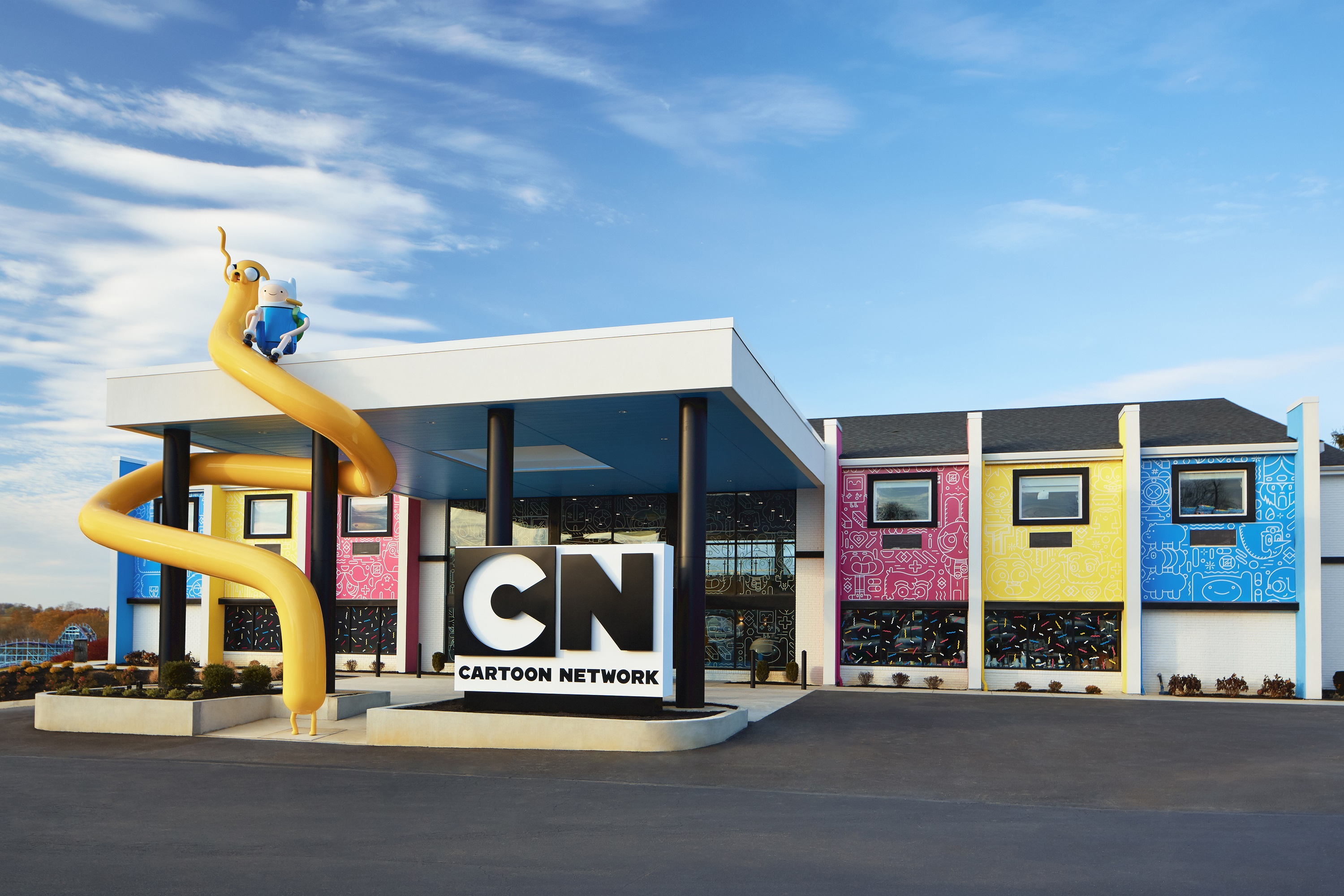 Front of the Cartoon Network Hotel building